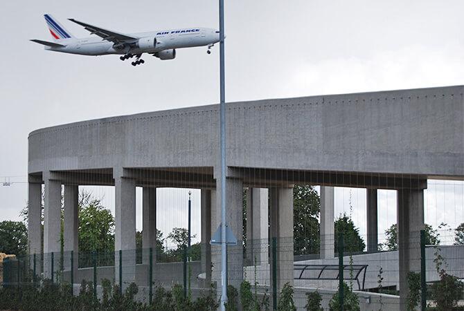 Heathrow Green Wall S3i Group